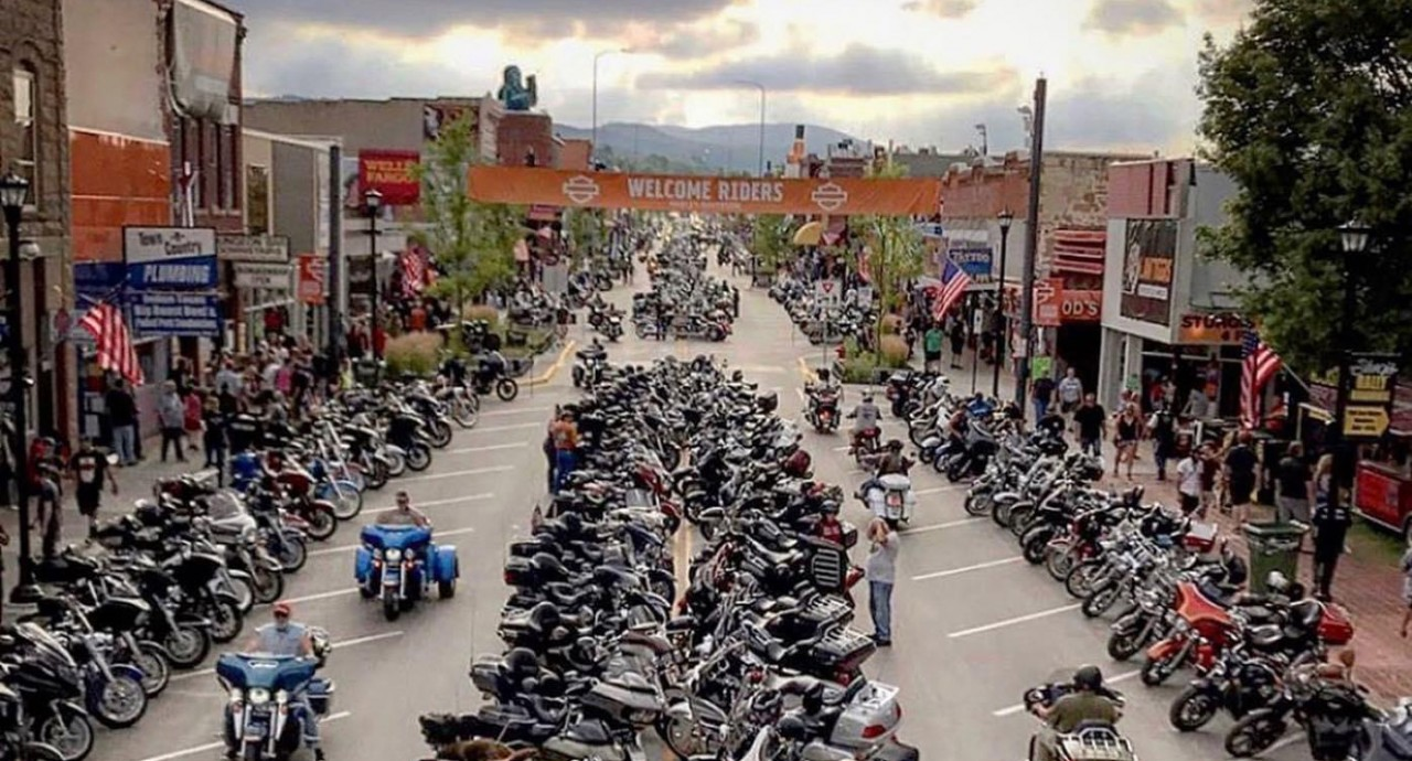 Sturgis-Downtown-Dity-Vote-IMG_5186