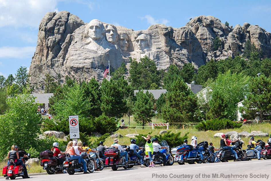 Iron Mt Road - Mt Rushmore and Crazy Horse Monument